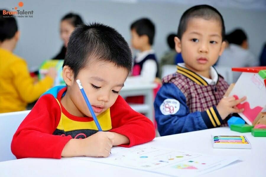 phát triển tư duy cho trẻ