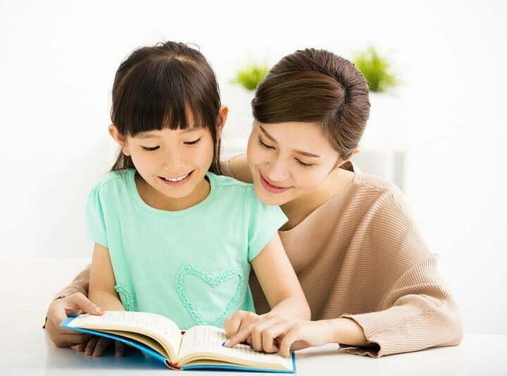 Từ bé cho đến lớn dù ở bất cứ nơi đâu, thì thói quen đọc sách vẫn luôn được ca ngợi.