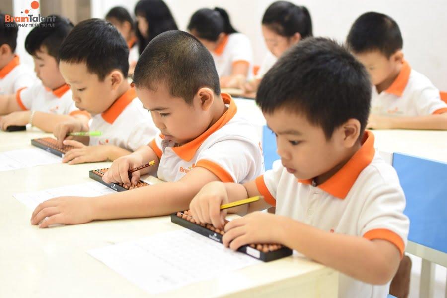 Phương pháp giáo dục lấy trẻ làm trung tâm