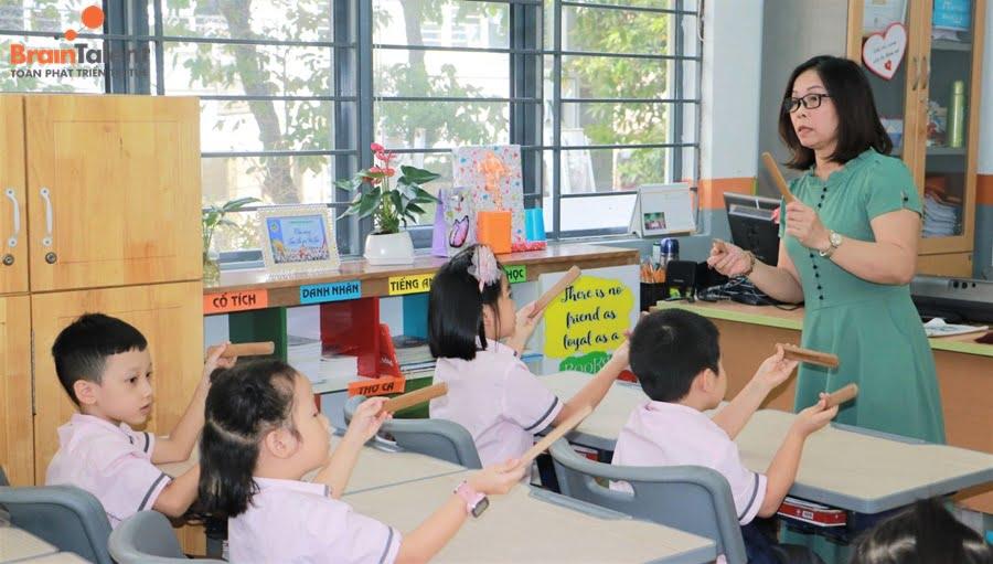 dịch vụ giáo dục