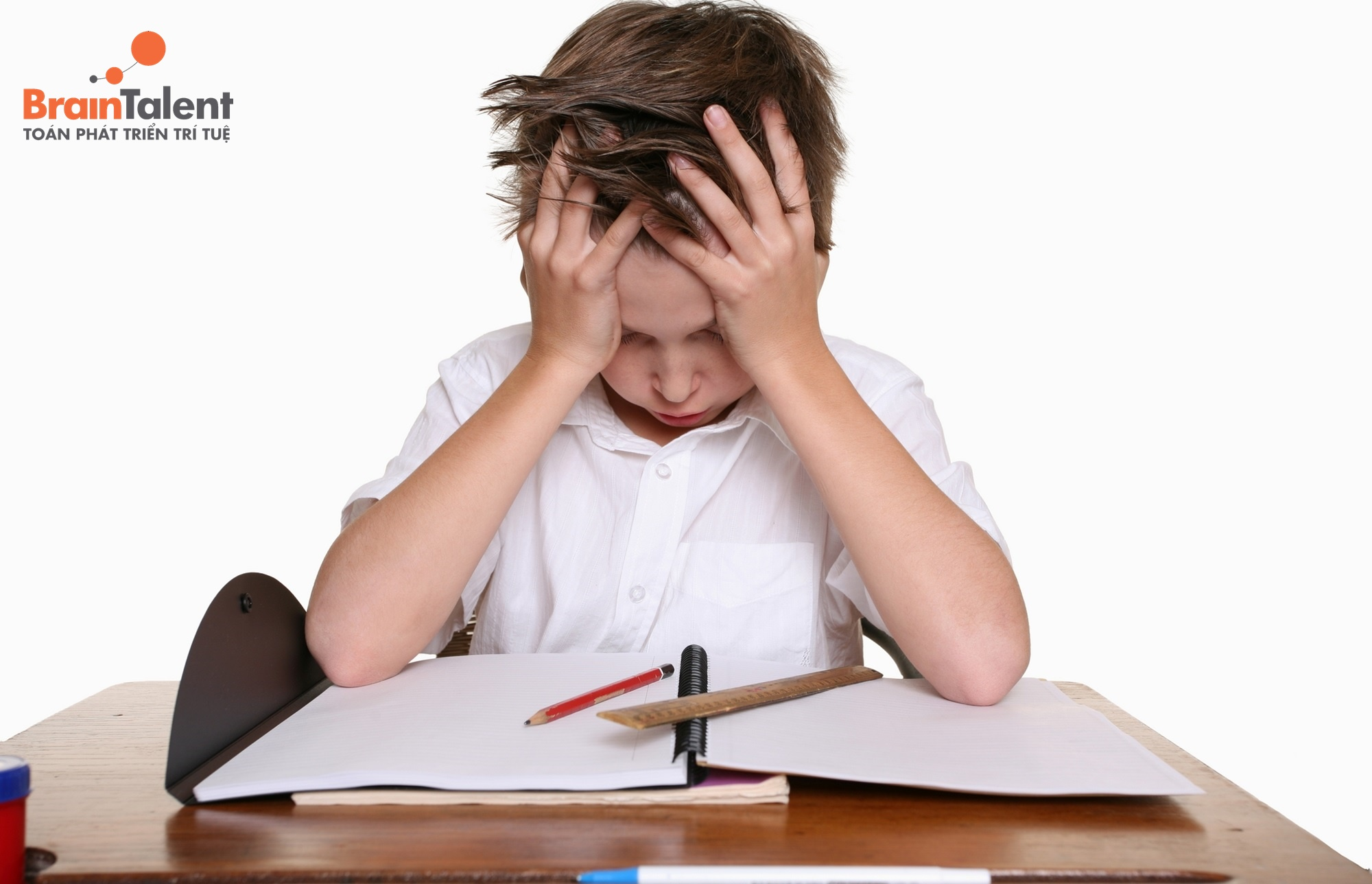 Mất tập trung khiến trẻ không thể có cách học bài nhanh nhất