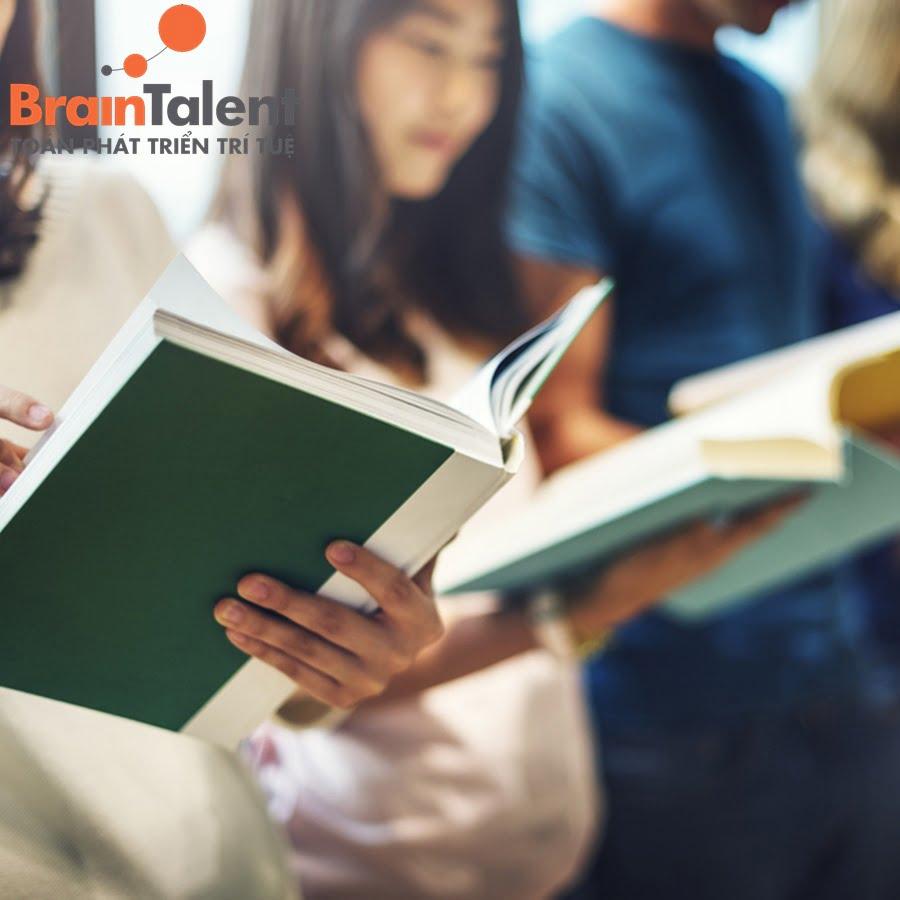 Không nên để trẻ quá áp lực trong việc học thuộc bài